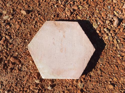 decoracion-baldosa-manual-hexagonal